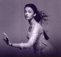 Beautiful young Aishwarya Rai actress