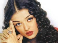 Young Aishwarya Rai with small soft curls
