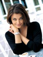 Sweet picture of Aishwarya Rai in black top looking straight at the camera