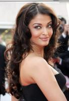 The beautiful Aishwarya Rai with curly hair