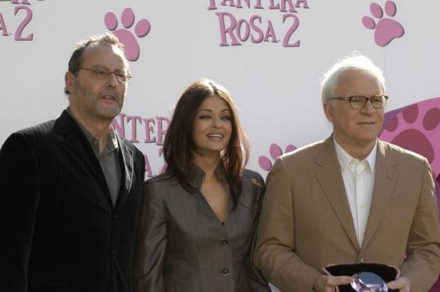 Aishwarya Rai with Jean Reno and Steve Martin.jpg