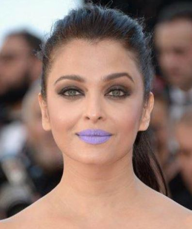 Aishwarya 2016 red carpet pictures of her with unique purple lipstick