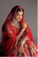 Aishwarya Rai in Indian Tradition outfit in red looking so beautiful.PNG