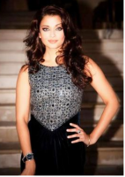 Aishwarya Rai silver and black dress pictures.PNG