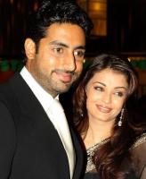 Famouse bollywood stars Aishwarya Rai with her husband.PNG