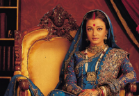 Photo of Aishwarya Rai in blue Indian traditional outfit.PNG