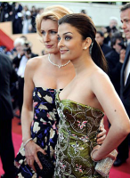 Picture of Aishwarya Rai on red carpet.PNG